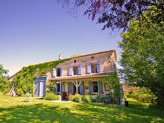 Old Stone Farmhouse - Idylic French Living & Boutique Luxury - Private Pool
