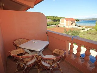 One bedroom apartment with terrace and sea view Pašman (A-8274-c)