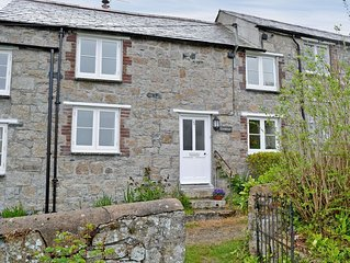 2 bedroom accommodation in Charlestown, St Austell