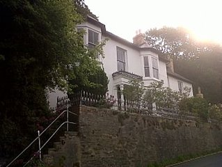 Large House Very Near Beach In Attractive Seaside Village West Wales