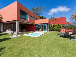 VILLA DELUX WITH PRIVATE HEATED POOL