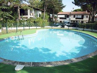 Lido di Spina, riviera adriatica, villetta in residence con  piscina