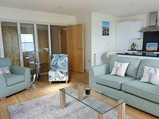 PIER VIEW luxury modern apartment