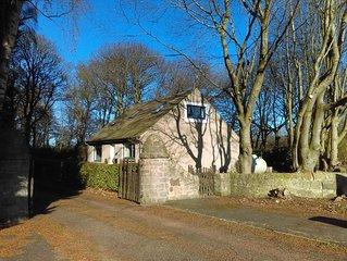 Lowood Cottage, sleeps 6, 20 minutes from Edinburgh