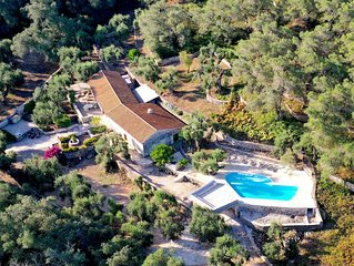 Villa surrounded by the wood with Private Pool