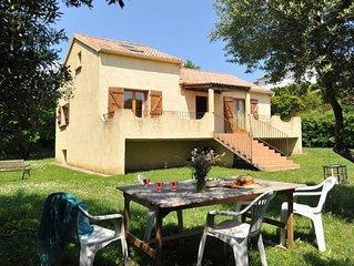Très belle villa avec jardin à proximité de la plage du Cap Corse