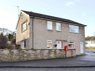 5 bedroom accommodation in Bakewell