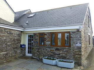 Cosy pet friendly self catering cottage near to Tintagel