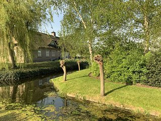 Luxery Lush Estate 15 min from Amsterdam city center