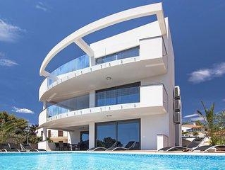 Villa SUNRISE PREMANTURA  for 18 Person  or  (12+2  Person ,Price on request )