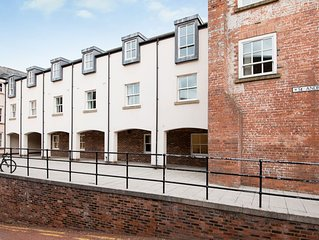 St Andrews Court - in the heart of Durham City Centre and close to all amenities