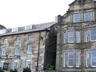 Great 1 Bedroom Apartment overlooking Buxton Market Square