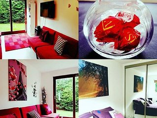 Self Catering Holiday Bungalow in Motherwell, Sleeps Up to 3
