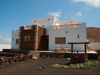 Casa Caldera Blanca para 6 personas en Lanzarote, con barbacoa y wifi gratis