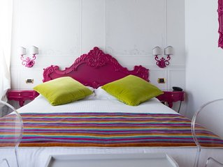 """Dragonfly""""Pink"""" Deluxe (con vasca Jacuzzi """"Dual"""")"""