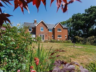 5 bedroom accommodation in Cowes