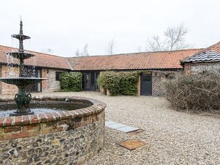 2 Bed Barn Holiday Cottage on the border of Suffolk and Norfolk