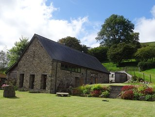 Stylishly Converted Barn nr Llanwrtyd Wells, sleeps up to 10, spectacular views