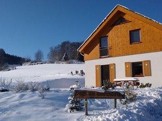 Nieuw vakantiehuis, bij het bos met fantastisch uitzicht, dichtbij  Willingen