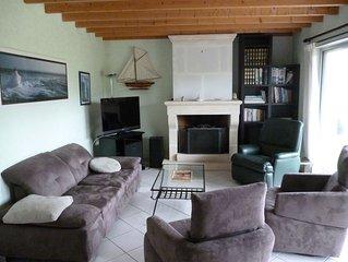 Maison Royan , calme avec terrasse et jardin prive