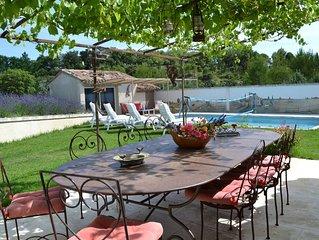 La Tuiliere : Maison avec jardin et piscine 8 personnes