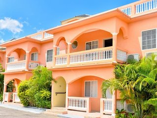 SeaView Apartments, Negril- Fully Serviced Two Bedroom Apartment II