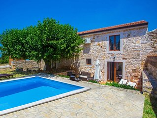 Stone House Casa Ghedda with Private Pool