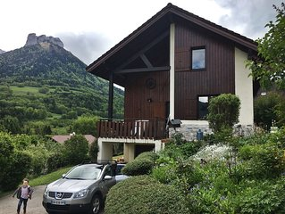 Entree Lac et Montagne, Family House with Stunning Views