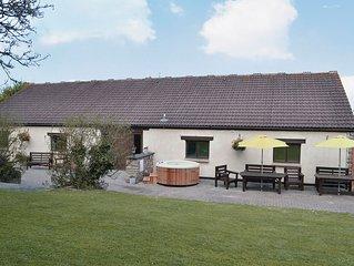 4 bedroom accommodation in Hutton, near Weston-Super-Mare
