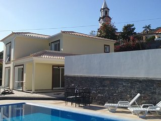 Villa Dubai in Madeira - now with heated pool