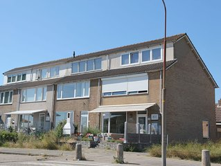 Luxurious Holiday Home in Egmond aan Zee near Sea