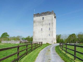 Detached Castle for 10/12