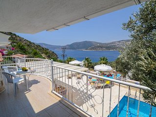 Villa with private pool and sea views. Large sun drenched terrace.