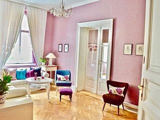 Elegance, Space, La Dolce Vita living in Upmarket Vinohrady Wenceslas 100 meters