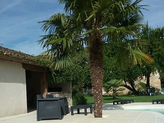 Beautiful Gite for 2 in a peaceful location 10 mins from Bergerac & Airport