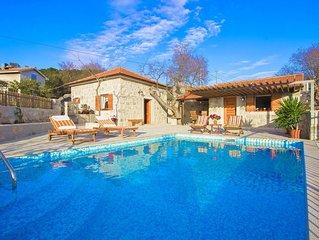 Holiday home Ivana, (15514), Vinisce, Trogir riviera, Croatia