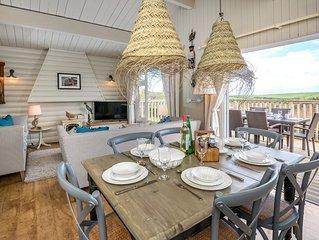 This detached log cabin has been beautifully refurbished transforming this tradi