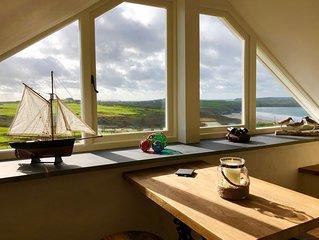 Breathtaking One Bed Cosy Escape - barn conversion on the coastal path,