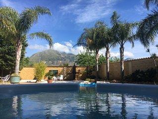Villa con piscina Flavia