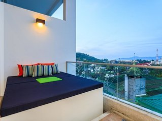 The Quarter 408 - Seaview Duplex in Surin with Pool & Balcony