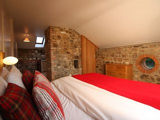 The Old Coach House - Sleeps 2 Adults, 4 Children + 1 Infant