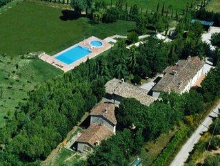 Dritta -Le Gorghe di Valmarino Residence in Umbria 5km da Perugia Piscina e WIFI