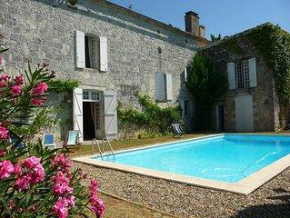 Loue maison de caractere (47) avec piscine securisee - 8 couchages-