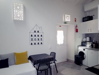 Charming 5  ***** LOFT- Loulé Historic Center! Free Wifi!
