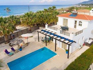 Villa Aspelia: Large Private Pool, Walk to Beach, Sea Views, A/C, WiFi, Eco-Frie