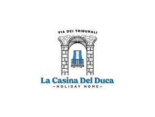 La 'Casina Del Duca' al centro storico in Napoli Via Dei Tribunali