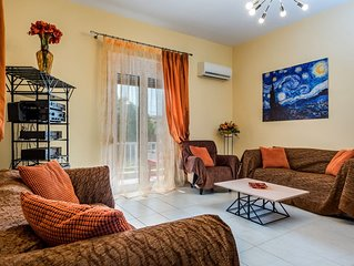 Achlati apartment..  Ierapetra..400m from the centre..3 bedrooms..2 bathrooms...