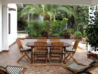 Villa con incantevole vista sul mare a 5 minuti dal centro , wi-fi free,