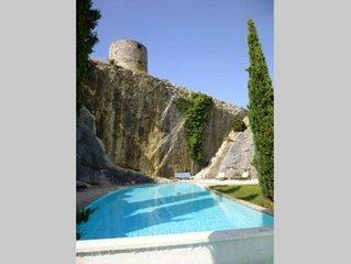 Dans cadre provencal enchanteur maison de charme entierement climatisee au calme