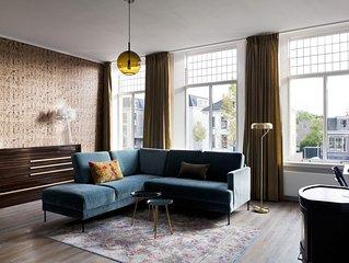 Rooftop 52 -Design City- Apartment  3-4 pers. met dakterras en eigen ingang.